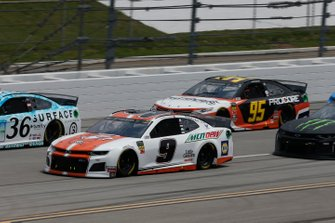 Chase Elliott, Hendrick Motorsports, Chevrolet Camaro Mountain Dew / Little Caesar's Matt DiBenedetto, Leavine Family Racing, Toyota Camry Procore