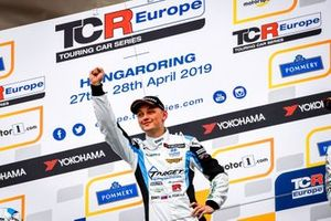 Podium: Race winner Mato Homola, Target Competition Hyundai i30 N TCR