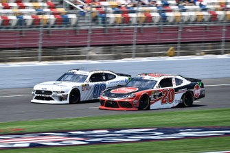 Cole Custer, Stewart-Haas Racing, Ford Mustang Thompson Pipe Group and Christopher Bell, Joe Gibbs Racing, Toyota Supra Rheem