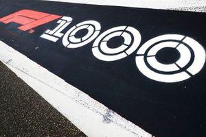 1000th Race Branding in pit lane1000th Race Branding