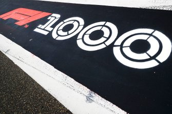 1000th Race Branding in pit lane1000th Race Branding