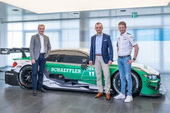 Marco Wittmann, BMW Team RMG, BMW M4 DTM with Jens Marquardt, BMW Motorsport Director, Matthias Zink, CEO Automotive OEM Schaeffler