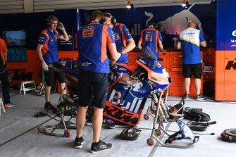 Red Bull KTM Tech 3 garage atmosphere