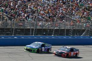 Daniel Hemric, Richard Childress Racing, Chevrolet Liberty National Erik Jones, Joe Gibbs Racing, Toyota Camry Craftsman