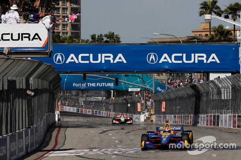 El ganador: Alexander Rossi, Andretti Autosport Honda