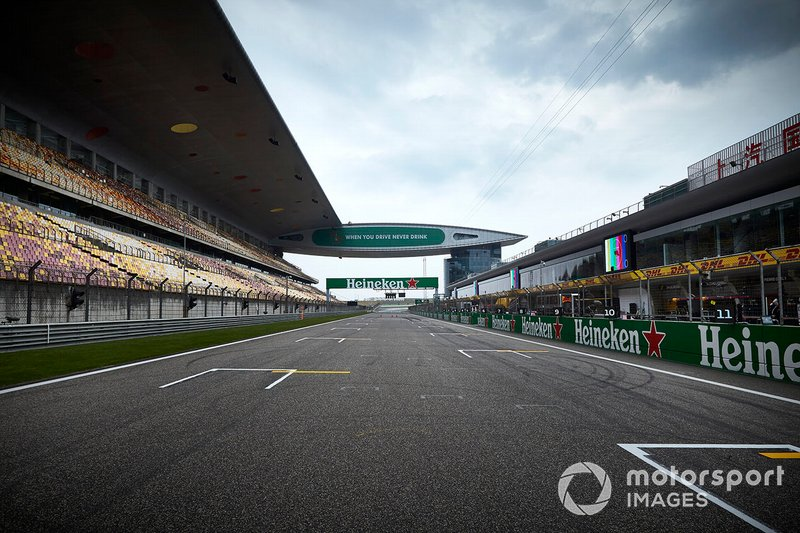 A Fórmula 1 adiou o GP da China pelo mesmo motivo.