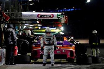 Пит-стоп: Йерун Блекемолен, Бен Китинг, Лука Штольц, Фелипе Фрага, Mercedes-AMG Team Riley Motorsports, Mercedes AMG GT3 (№33)