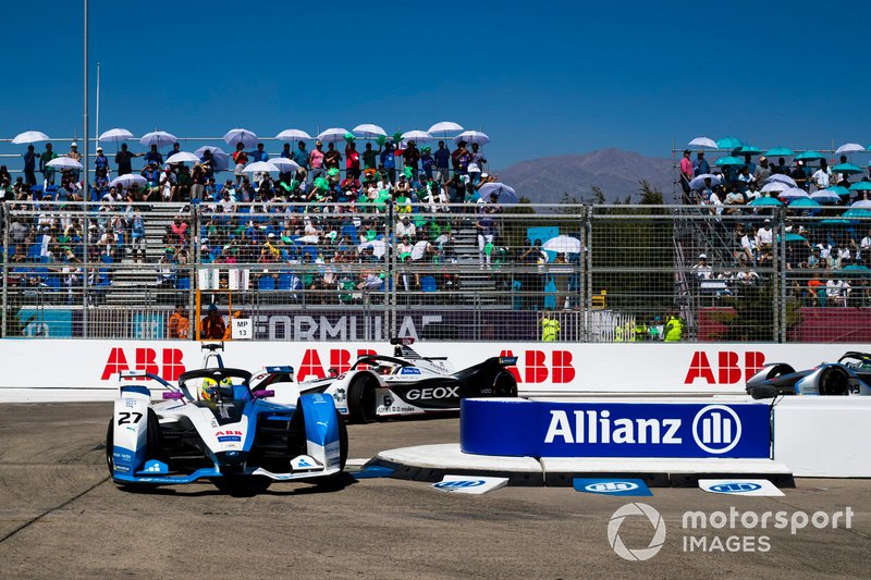 Alexander Sims, BMW i Andretti Motorsport, BMW iFE.18 k Maximilian Günther, Dragon Racing, Penske EV-3