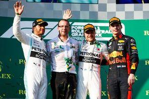 Podium: winnaar, Valtteri Bottas, Mercedes AMG F1, tweede Lewis Hamilton, Mercedes AMG F1 en derde Max Verstappen, Red Bull Racing