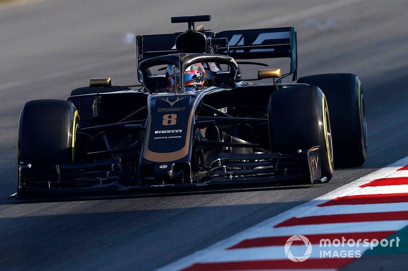 Romain Grosjean, Haas F1 Team VF-19, con dei vortici accanto all'ala posteriore