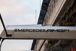 Mercedes AMG F1 pit detail