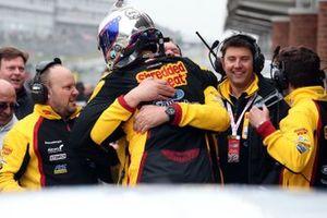 Yarış galibi Tom Chilton, Motorbase Performance Ford Focus