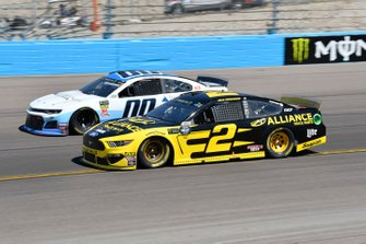 Brad Keselowski, Team Penske, Ford Mustang Alliance Truck Parts, Landon Cassill, Manscaped Racing, Chevrolet Camaro Iron Mountain Data Centers