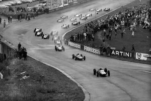 Start zum GP Belgien 1963 in Spa: Jim Clark, Lotus 25, führt