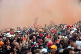 Fans set off flares