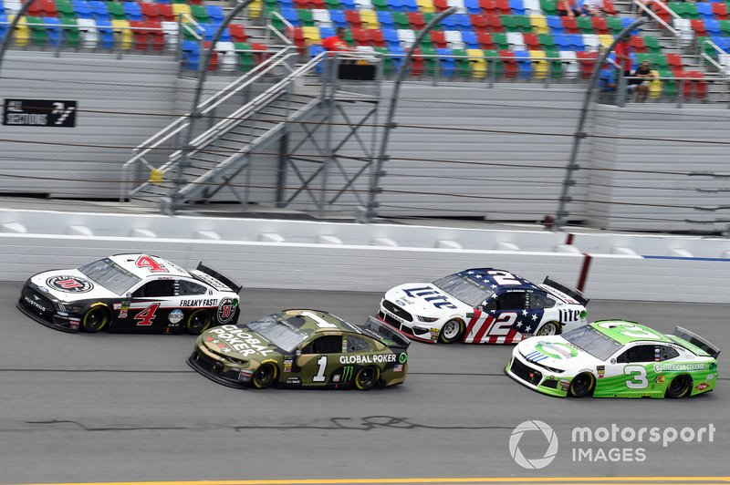Kevin Harvick, Stewart-Haas Racing, Ford Mustang Jimmy John's, Kurt Busch, Chip Ganassi Racing, Chevrolet Camaro Global Poker, Brad Keselowski, Team Penske, Ford Mustang Miller Lite, Austin Dillon, Richard Childress Racing, Chevrolet Camaro American Ethanol