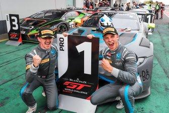 1. #76 R-Motorsport Aston Martin Vantage AMR GT3: Ricky Collard, Marvin Kirchhöfer