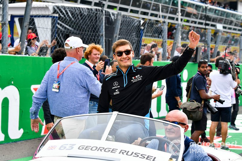 George Russell, Williams Racing, en el desfile de pilotos