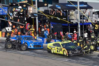 Paul Menard, Wood Brothers Racing, Ford Mustang Menards / Monster and Ross Chastain, Premium Motorsports, Chevrolet Camaro