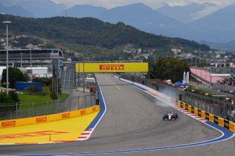 Sergio Perez, Racing Point RP19, locks-up