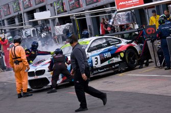 #3 Century Motorsport BMW M6 GT3: Dominic Paul, Ben Green Suffers a Faliure