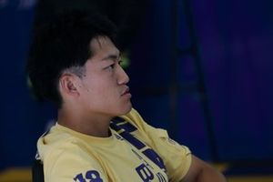 国本雄資(#19 WedsSport ADVAN LC500)