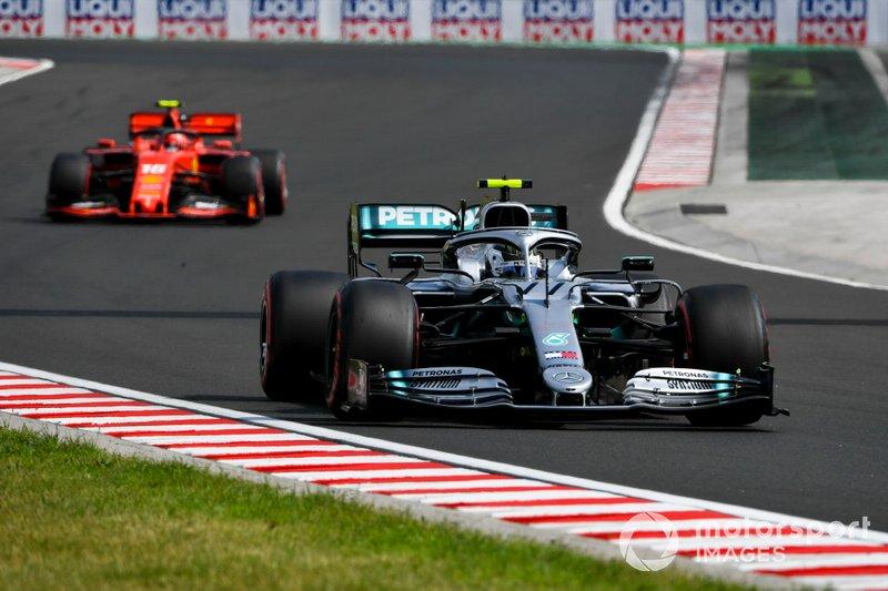 Valtteri Bottas, Mercedes AMG W10 e Charles Leclerc, Ferrari SF90