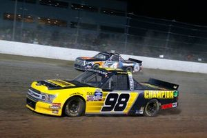 Grant Enfinger, ThorSport Racing, Ford F-150 Champion Power Equipment and Todd Gilliland, Kyle Busch Motorsports, Toyota Tundra JBL/SiriusXM