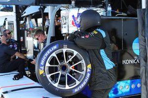 #10 Wayne Taylor Racing miembro de tripulación