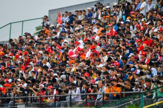 Fans fill up a grandstand for FP1