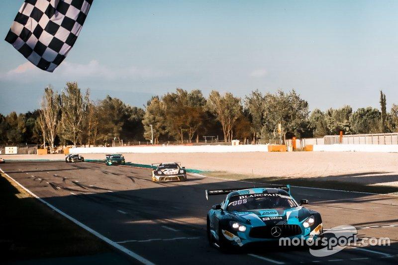 #90 Akka ASP Team Mercedes-AMG GT3: Timur Bogulavskiy, Felipe Fraga, Nico Bastian