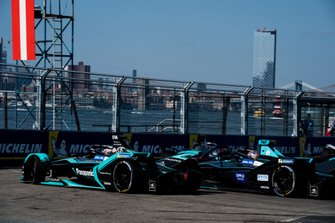 Mitch Evans, Panasonic Jaguar Racing, Jaguar I-Type 3 battles with Gary Paffett, HWA Racelab, VFE-05