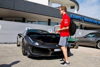 Sebastian Vettel, Ferrari arrives
