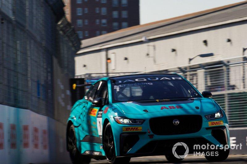 Mark Hacking, Jaguar VIP car