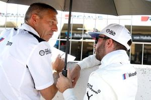 Philipp Eng, BMW Team RBM, mit Bart Mampaey