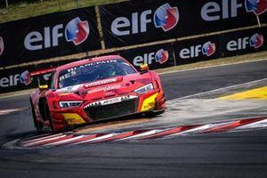 #5 Phoenix Racing Audi R8 LMS GT3: Kim-Luis Schramm, Jamie Green