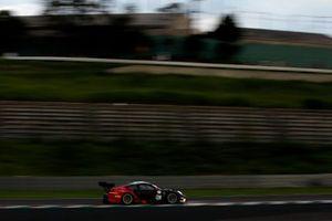 #911 EBM Porsche 911 GT3 R: Sven Müller, Romain Dumas, Mathieu Jaminet