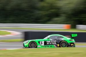 #6 RAM Racing Mercedes-AMG GT3: Ian Loggie, Yelmer Buurman