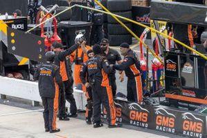 Zane Smith, GMS Racing, Chevrolet Silverado Cystic Fibrosis Foundation crew celebrates his victory