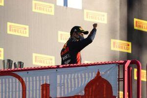 Алекс Элбон, Red Bull Racing, третье место