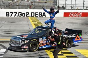 Raphael Lessard, Kyle Busch Motorsports, Toyota Tundra Canac celebrates his win