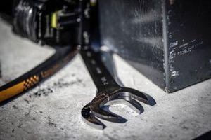 #4 Corvette Racing Corvette C8.R, GTLM: Oliver Gavin, Tommy Milner, wrenches, Pratt & Miller, details