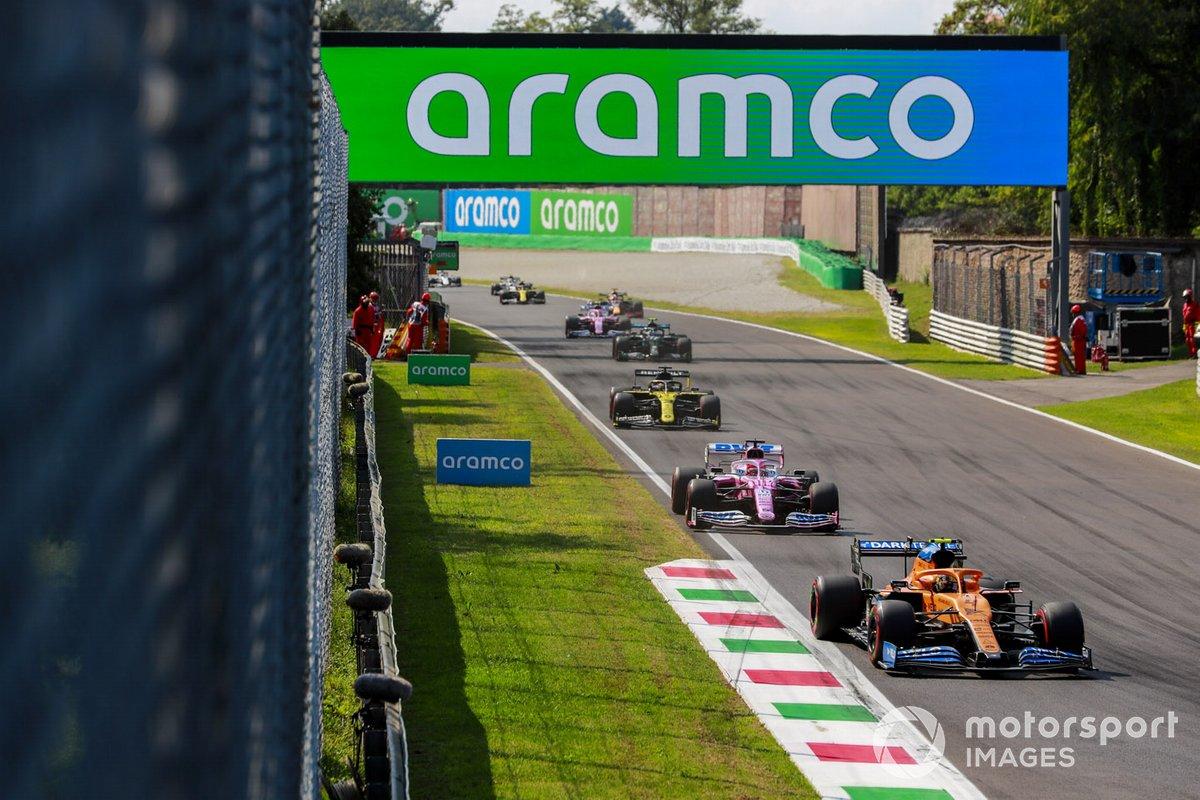 Lando Norris, McLaren MCL35, Sergio Pérez, Racing Point RP20, Daniel Ricciardo, Renault F1 Team R.S.20, Valtteri Bottas, Mercedes F1 W11, Lance Stroll, Racing Point RP20