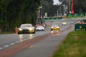 #92 Aston Martin V8 Vantage GT2: Franz Wunderlich