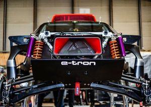 Detalle delantero del Audi RS Q e-tron