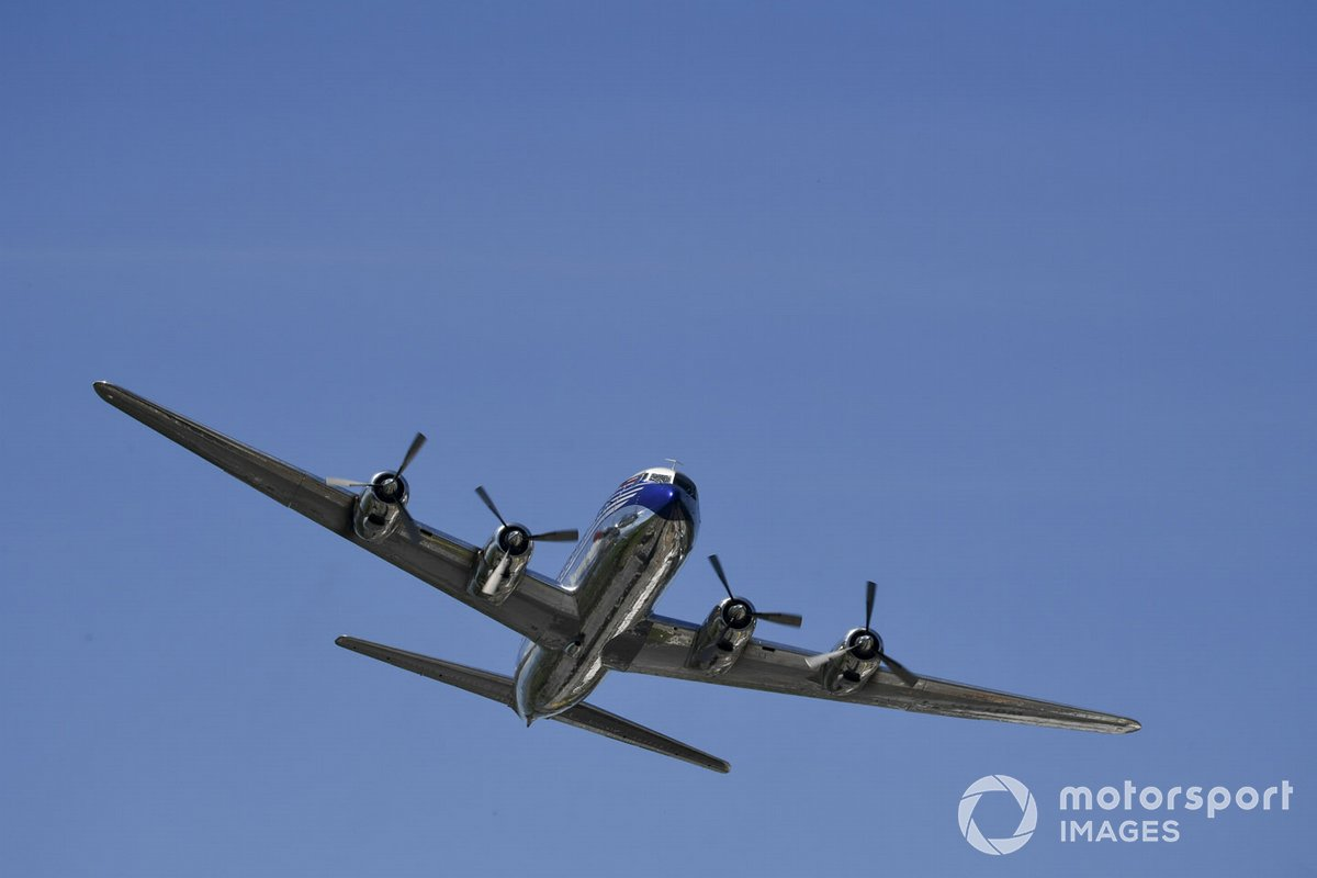 El Flying Bulls Douglas DC-6B