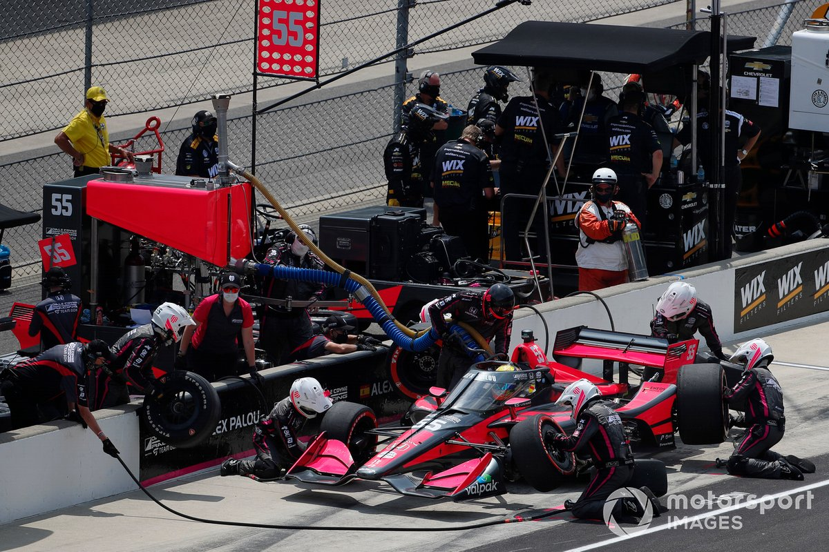 Alex Palou, Dale Coyne Racing with Team Goh Honda pit stop