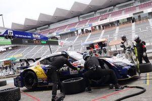 #37 TOM'S Toyota GR Supra: Ryo Hirakawa, Nick Cassidy