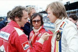 Niki Lauda, Ferrari 312T, Emerson Fittipaldi, McLaren M23, Ronnie Peterson, Lotus 72E