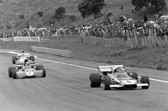 Jacky Ickx, Ferrari 312B2 leads Jackie Stewart, Tyrrell 003 Ford and Denny Hulme, McLaren M19A Ford